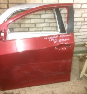 Передняя левая дверь Chevrolet Aveo T300
