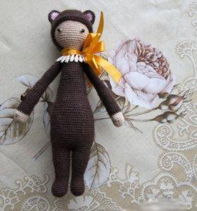 Игрушка кукла медвежонок.