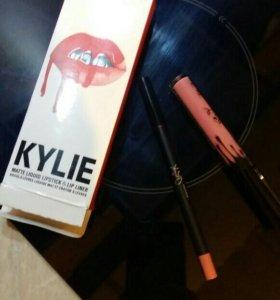 Жидкая матовая помада Kylie цвет Koko K