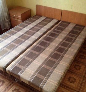 Кровати полуторки