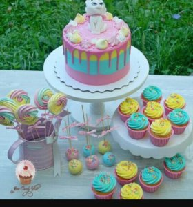 КЭНДИ БАР (сладкий стол)  капкейки, торты, пряники