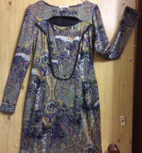 Платье, размер L