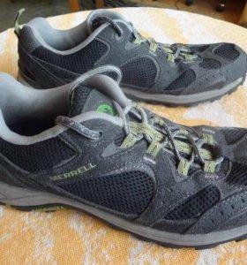 Треккинговые кроссовки Merrell