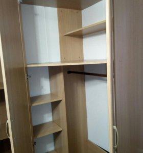 Шкаф для одежды, книг и т.п.