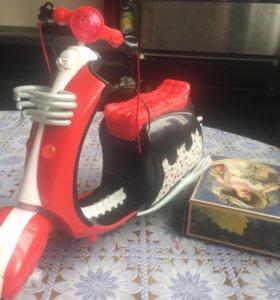 Скутер для монстр хай