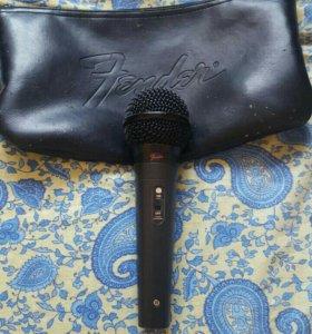Микрофон FENDER.
