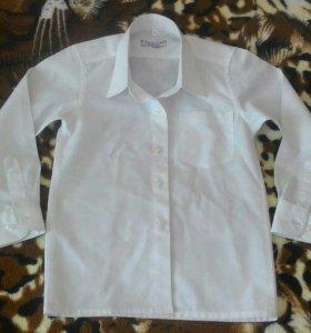 Белая рубашка на 98-105 см.