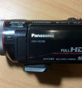 Panasonic HDC-HS700 с функцией 3D