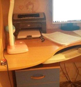 Кровать + шкаф  и стол компьютерный