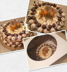 Торт морковный с орехами, черносливом, курогой!
