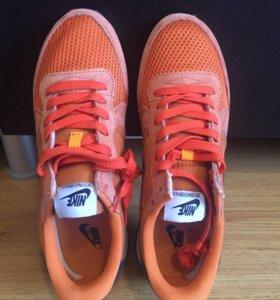 Кроссовки Nike internationalist новые мужские