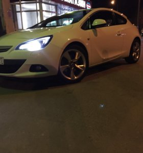 Opel Astra J Restyling Turbo