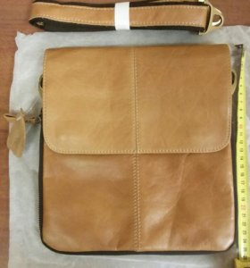 Новая сумка из натуральной кожи.
