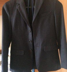 Пиджак с брюками школьный