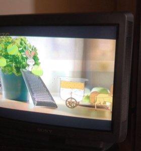 Телевизор SONY и SAMSUNG