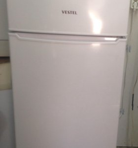 Холодильник Вестл двухкамерный