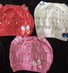 Новые шапки на девочку