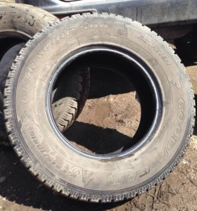 245/70 R16 Goodyear Ultra Grip 500