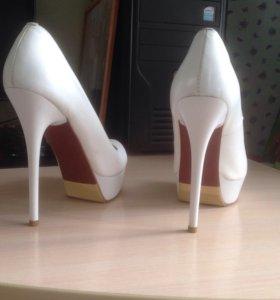 Туфли кожаные 36-37 размер