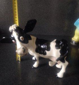 Фигурки коров