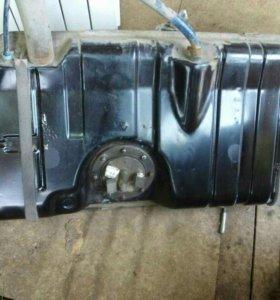 Топливный бак на ВАЗ 2110-15