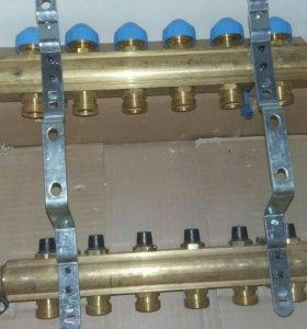 Коллектор Watts для теплого пола на 6 контуров