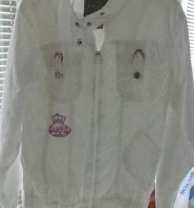 Новая.Белая куртка-ветровка134-148