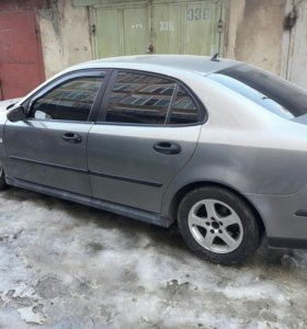 Авто Сааб 9-3 2003 год