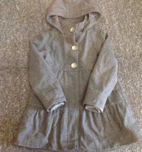 7-8 лет: Пальто с капюшоном