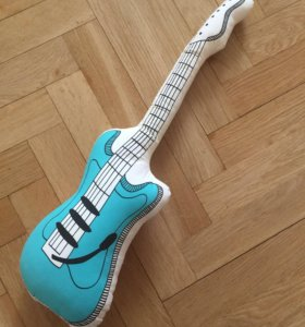 Подушка-гитара ikea