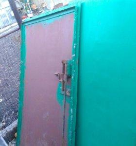 Продам гаражные б/у ворота