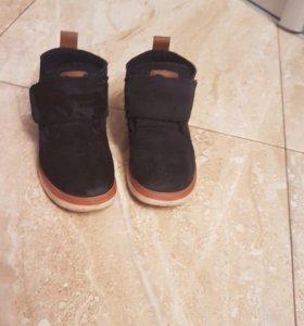 Весенне осенние ботиночки 27-28 размер ноги