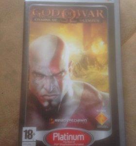 PSP игра God of War chains of olympus .