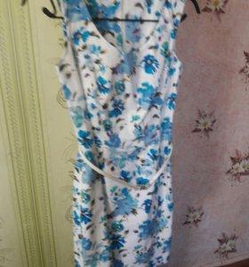Продам Платье одевала 2раза, торг