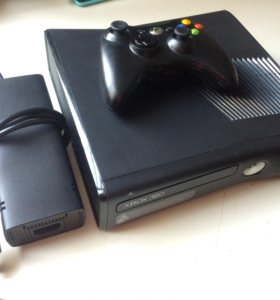 Xbox 360 slim 250gb Freeboot