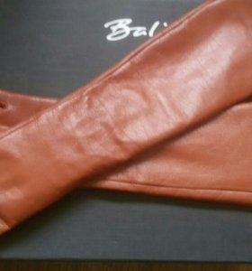 Перчатки кожаные длинные