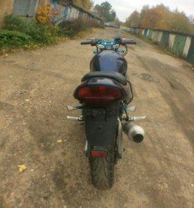 Suzuki bandit 250(2)