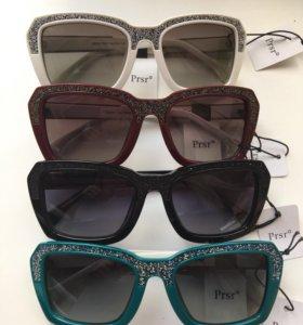Солнечные очки Polaroid