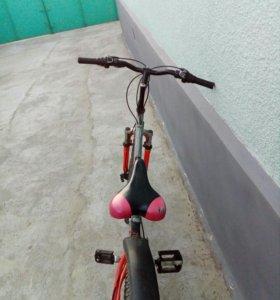 Продаю велосипед ,срочно!