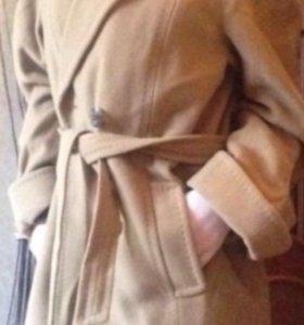 Пальто 1000₽