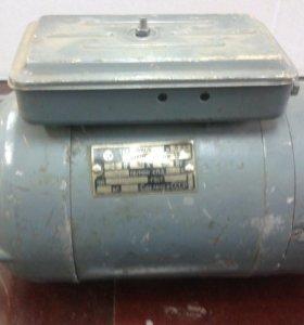 Электродвигатель 24В. 1500 об/мин.