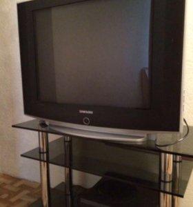 Телевизор б/у как новый. С полкой.