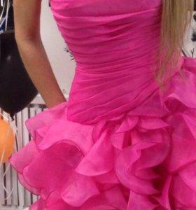 Вечерние розовое платье