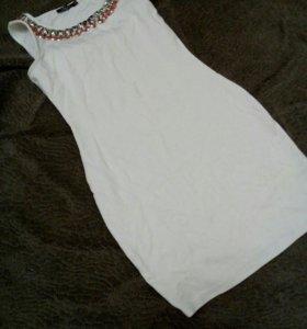 Белое платье инсити