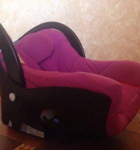 Автомобильное кресло bebeconfort creatis.