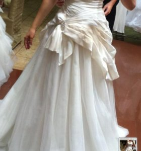 Свадебное платье+жакет-боллеро+подъюбник+сумочка