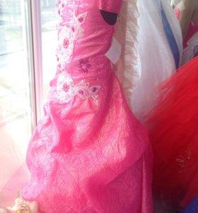 Нарядное детское платье напрокат/ продам