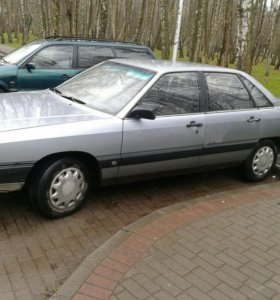 Ауди 100 2,0 дизель. 1985год