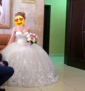 Свадебное платье 42-44 айвори
