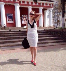 Платье AMISU новое